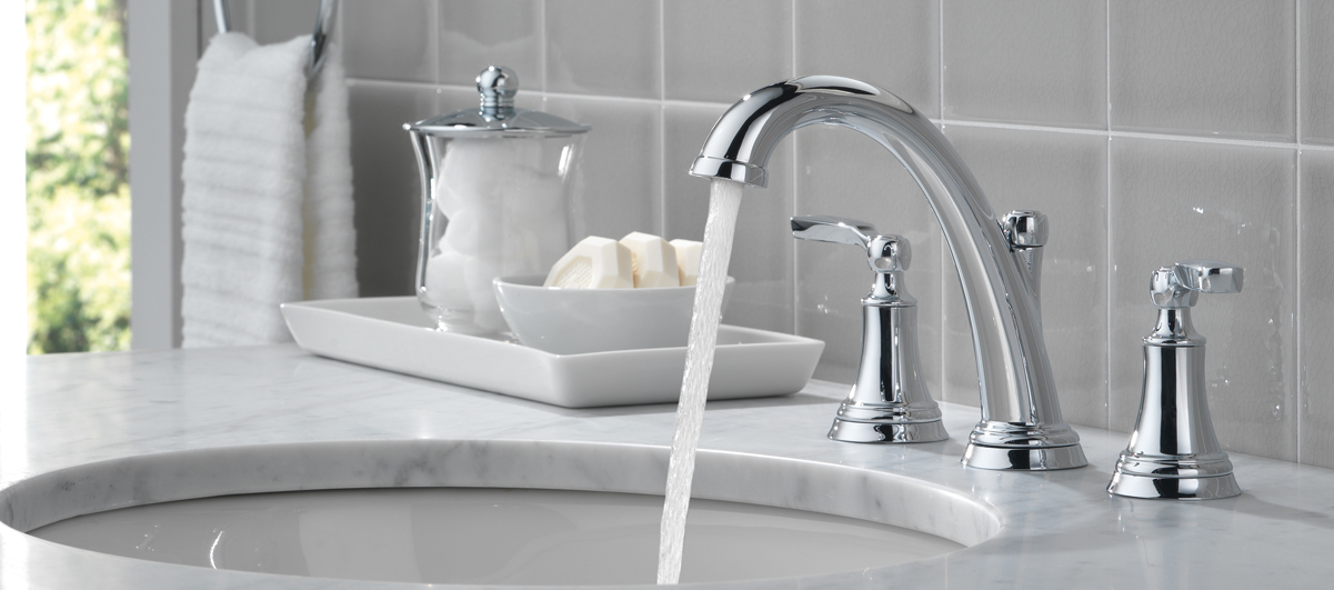 Woodhurst Collection Delta Faucet